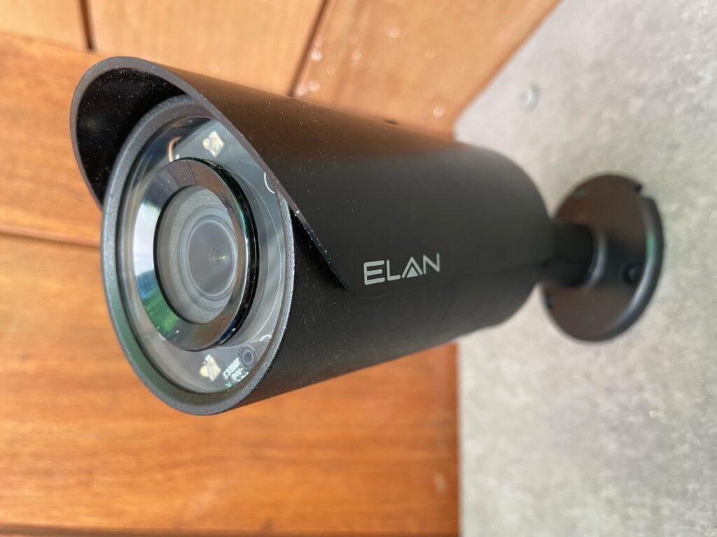 Cameras & Surveiliance