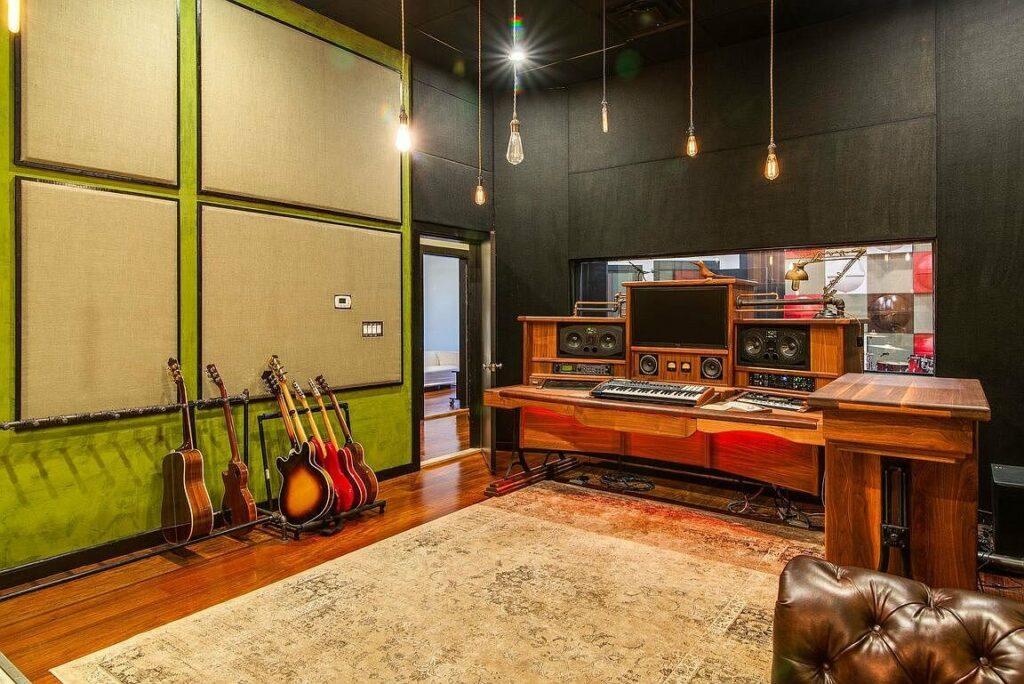 Audilux Home Recording Studio Build